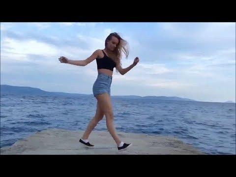 TOP 12 Bản Nhạc Huyền Thoại kết hợp điệu nhảy gây bão Shuffle Dance